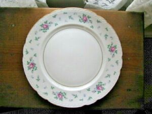 U-S-PRINCESS-CHINA-DINNER-PLATE-10-3-8-039-039-SWEET-BRIAR-ROSES-WITH-GOLD-EDGE