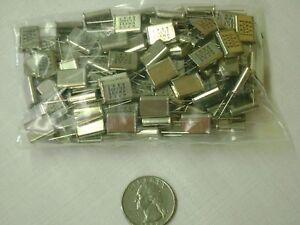 23-04-Mhz-Crystal-25pF-Lot-of-50-Radial-4-65-W-x-11-05-L-x-13-46-H