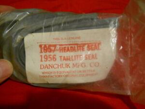 /'56 Chevy Tailight///'57 Headlight Seals #557