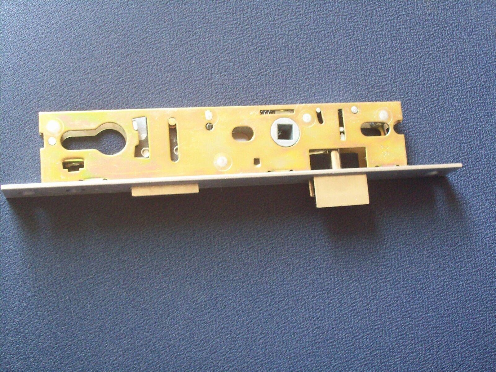 KBV Rohrrahmenschloss 78330 Dorn30   5mm vorsteh, DIN RL, 92 Entf. 24x244 NEU  | Qualitätsprodukte  | Deutsche Outlets  | Starker Wert  | Hochwertige Materialien