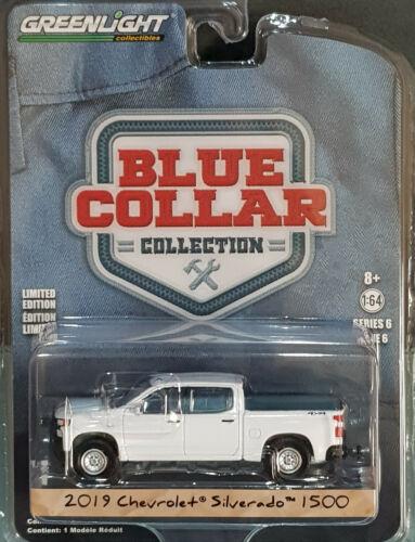 12471 35140f GreenLight blue collar serie 6 2019 chevrolet silverado 1500 wt