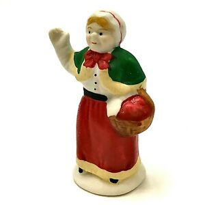 Christmas Village Figurine Lemax Mrs Claus Waving Porcelain 2 3/8 in H