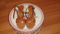 NEW  AEROSOLES Brown leather women's shoes  sz. 8 M
