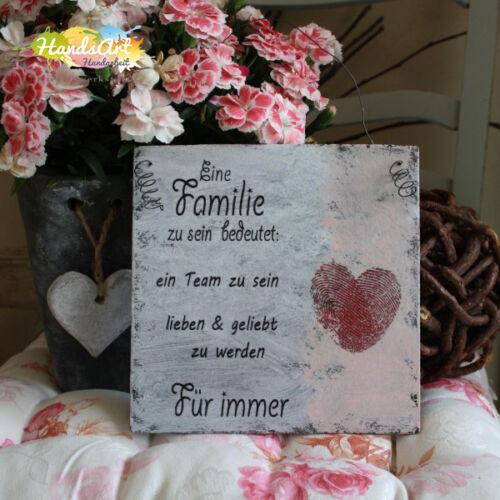 Holzschild Geschenk Dekoration HandsArt Shabby Style Eine Familie