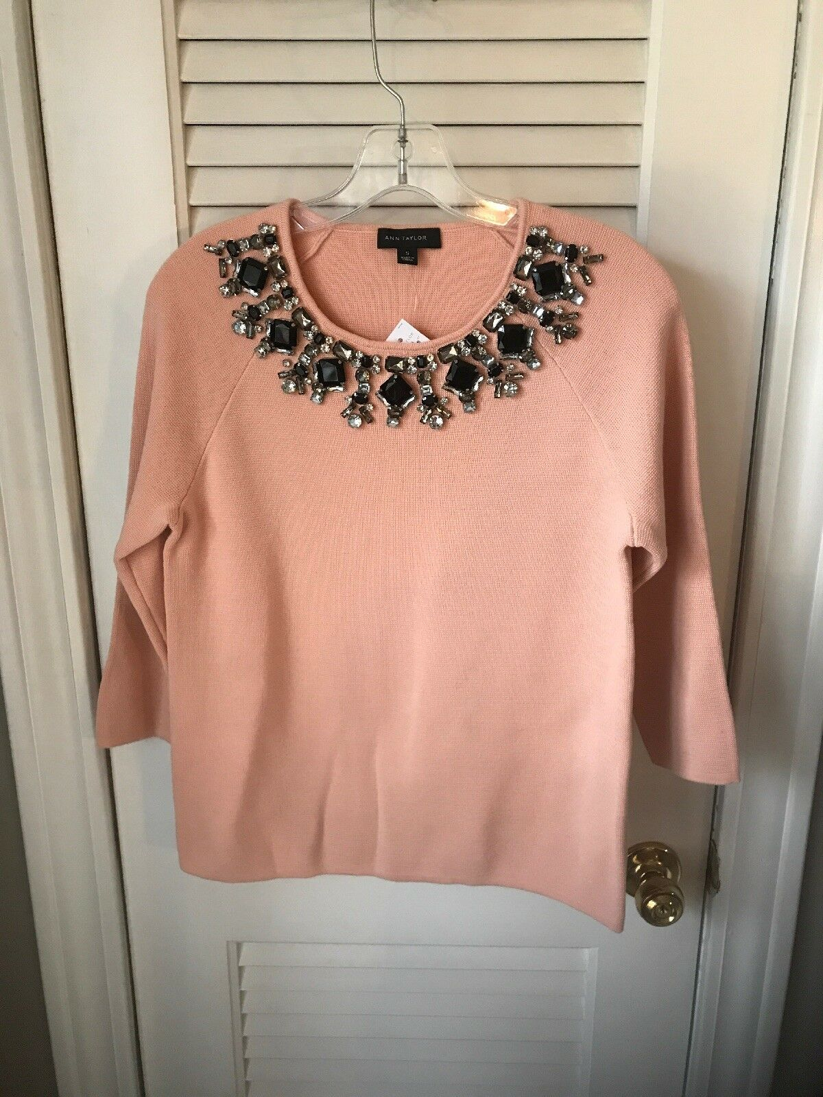And Taylor pink knit jeweled sweater Size Small NWT