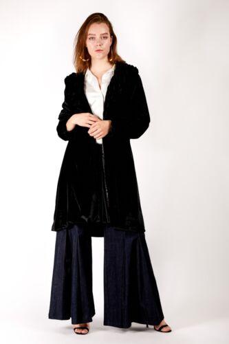 Rich Fashion Plus Size Ladies Winter Jacket Ruched Velvet Coat for Women