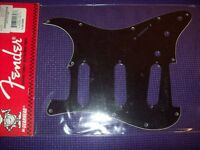 - Genuine Fender Strat Pickguard, 11 Holes - Black, 099-1359-000