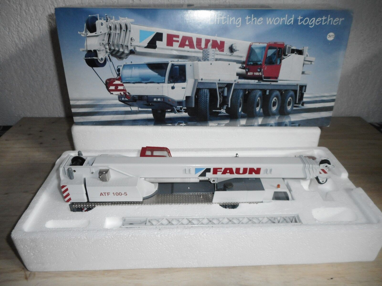 Adano faun atf 100-5  all terrain krane conrad no. 2096 1 50 nouveau + box  réductions et plus