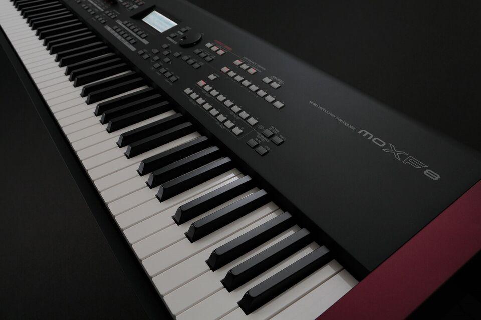 Keyboard, Yamaha MOXF8