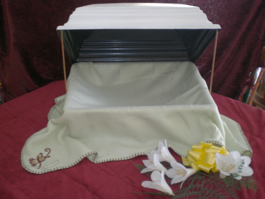 18  long Pet Coffin Casket Urn  Losing a pet is like losing a Family member Lg