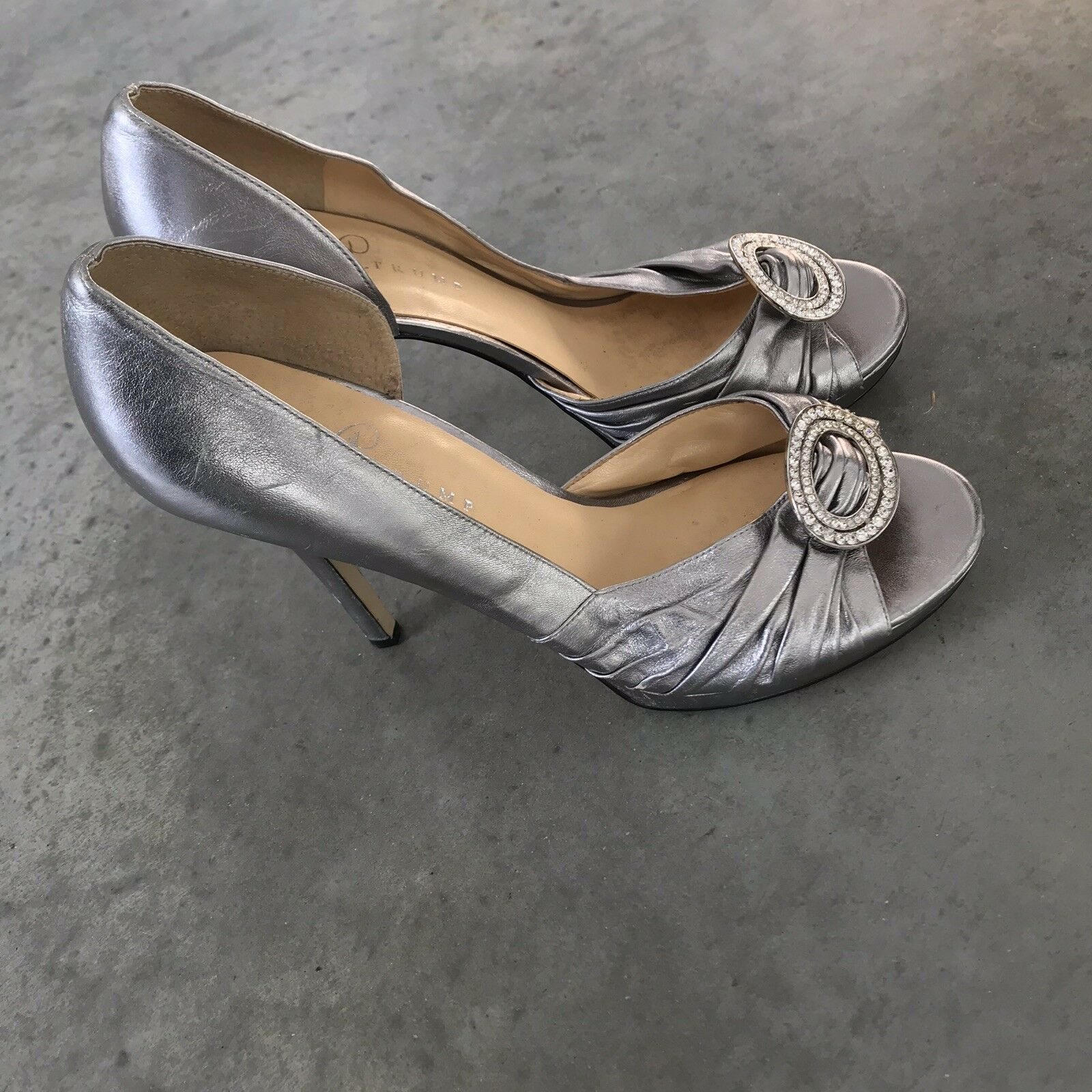 Ivanka Trump Silver Leather Open Toe Heels Stilettos B SZ 10 M