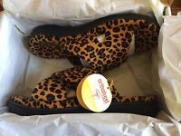 Women's Orthaheel Orthotic Relax Spa Slippers - Leopard Tan Size 8 10