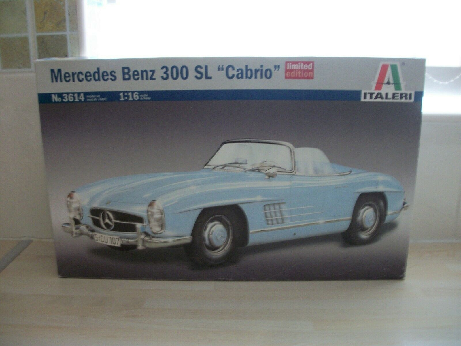 Italeri 3614 1 16 Scale Mercedes Benz 300 SL Cabrio Model Kit (BNIB)
