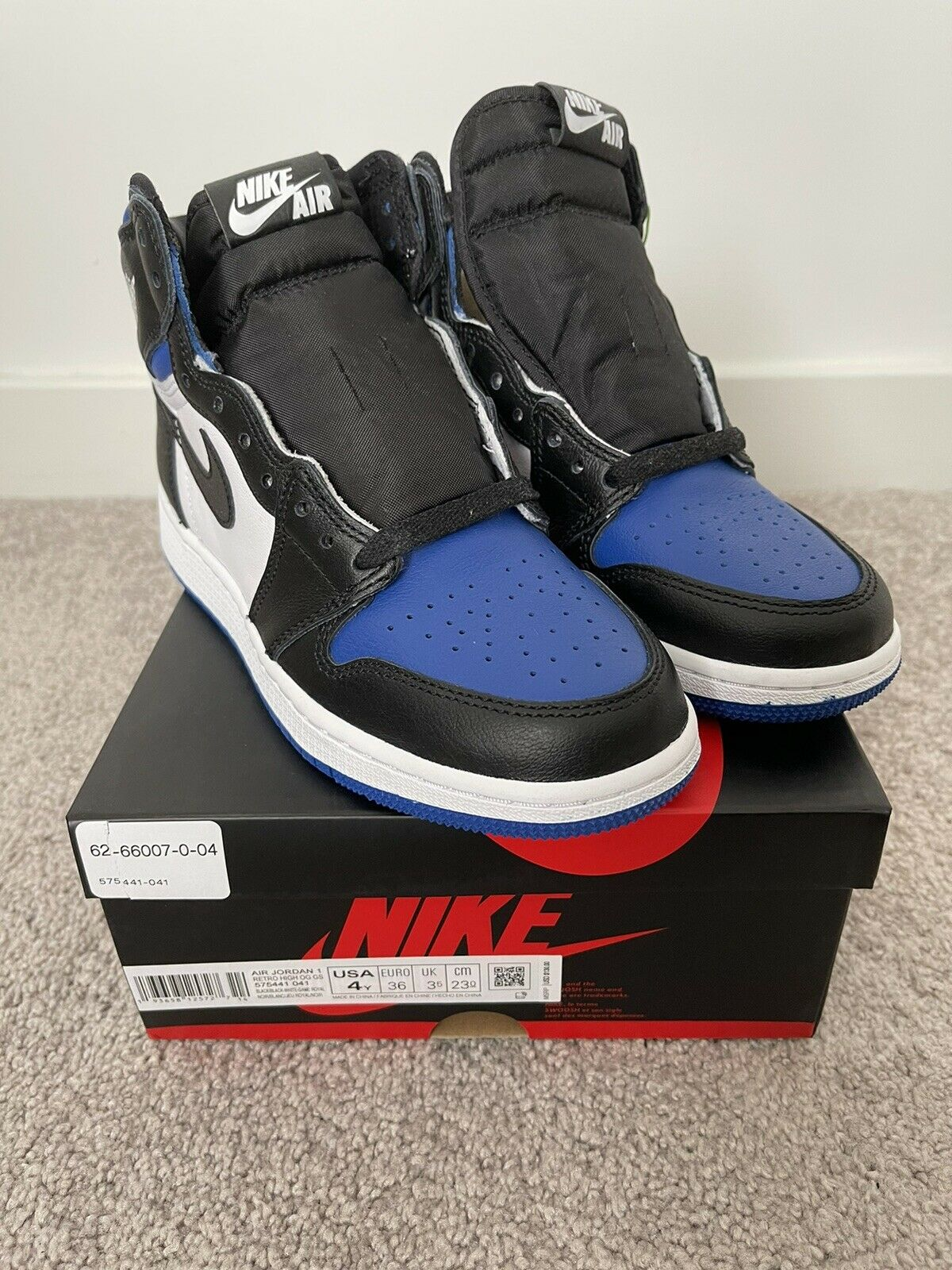 Jordan 1 Retro High OG Royal Toe (GS) 575441-041 Size 4Y Women's 5.5
