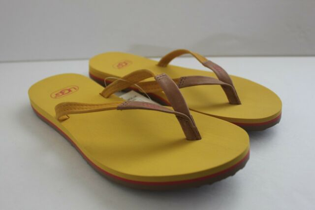 1958bc2883349c Ugg Women Shoe Size 5 M Magnolia Soleil Yellow Leather Thong Flip Flop  Sandal