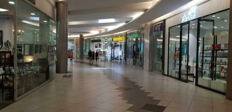 117.33 m2 RETAIL SPACE AVAILABLE IN THE COMMERCIAL/RETAIL HUB OF ROSEBANK!