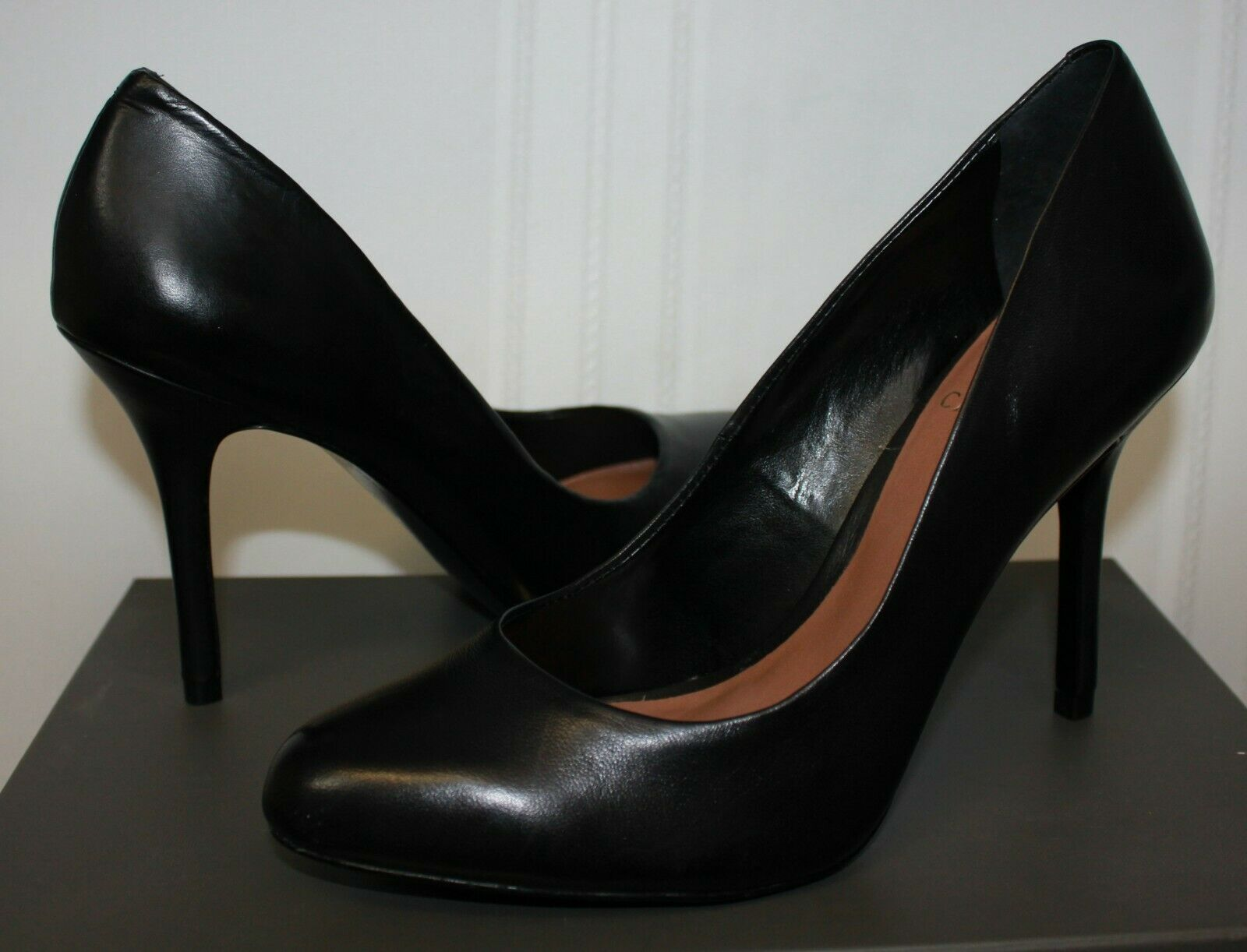Vince Camuto Jayne Heels Black Leather Pumps New With Box