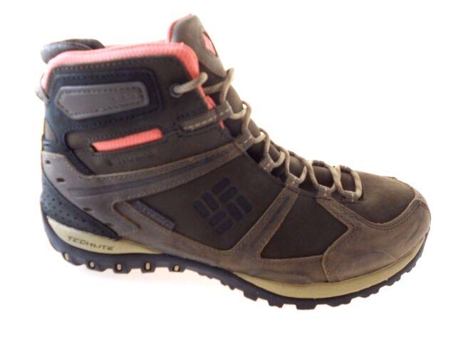 columbia techlite hiking shoes