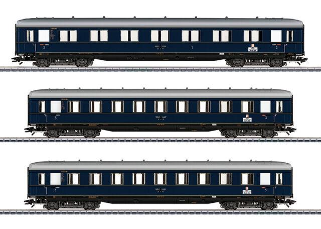 MÄRKLIN 43224 Schürzenwagen-Set 3-teilig stahlblau der DR in Ep.II