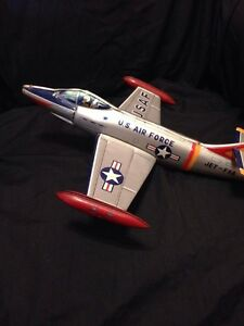 U.S. Air Force Large Tin Model Toy Jet-F8A 37705 Made in Japan