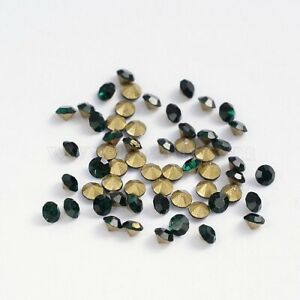 #O27      2.5MM ROUND GLASS FACETED TOP EMERALD CABOCHONS  12PC