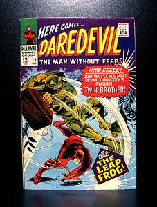 COMICS-Marvel-Daredevil-25-1967-1st-Leap-Frog-Matt-039-s-2nd-secret-ID-app
