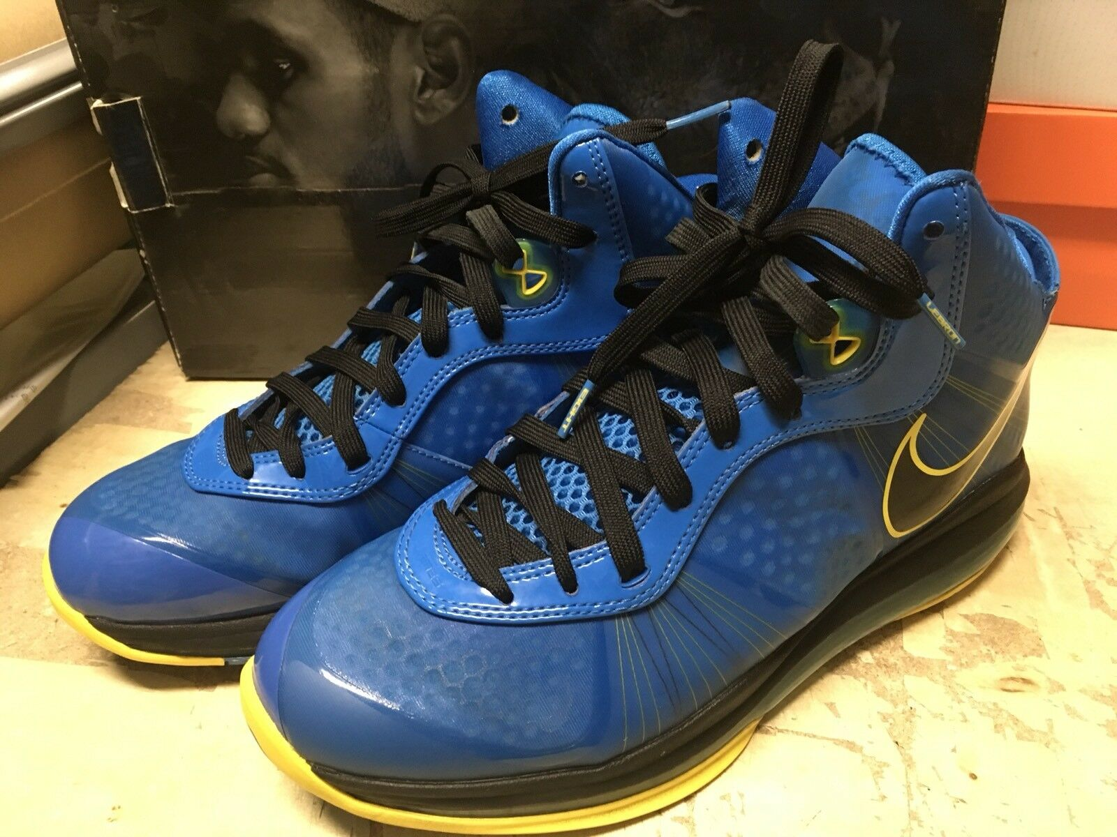 USED MENS NIKE AIR Lebron VIII 8 V2 ENTOURAGE PHOTO BLUE 429676 401 Price reduction  Casual wild