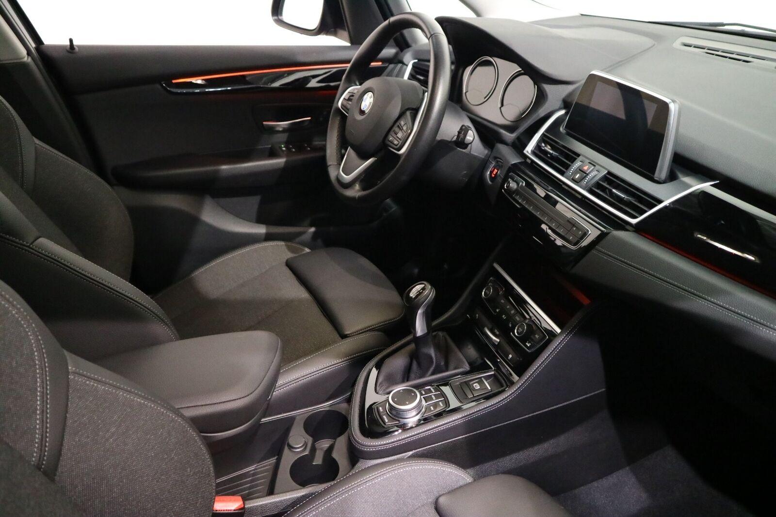 BMW 216i 1,5 Gran Tourer Sport Line 7prs - billede 15