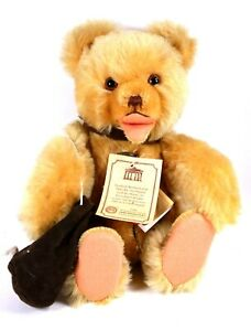 Hermann-Original-Teddy-Bear-No-1272-of-2000-Piece-of-Berlin-Wall-in-Bag-1989