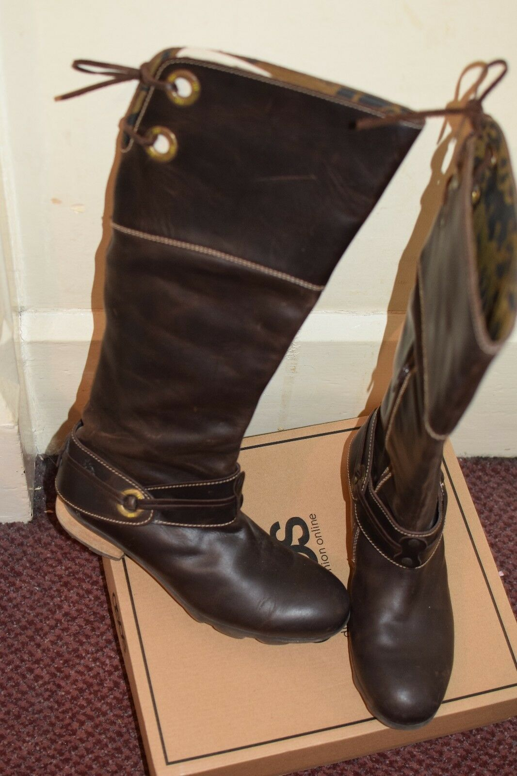 Fly London brown leather tack tack tack flat boots with harness size 40 46e34e