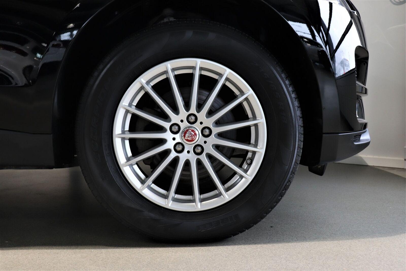 Jaguar F-Pace D180 Pure