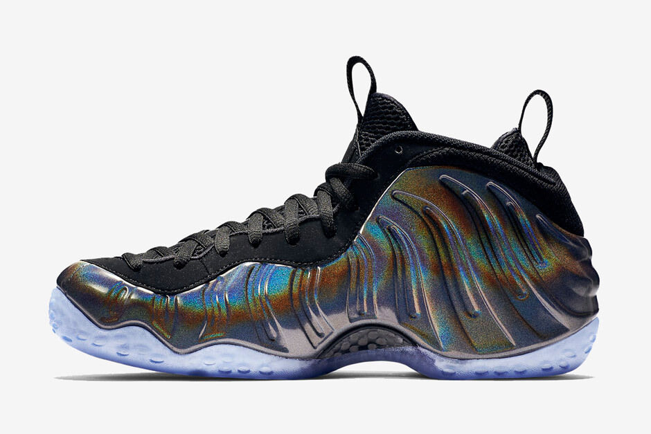 Nike Air Foamposite One Hologram Size 13. 314996-900 penny jordan