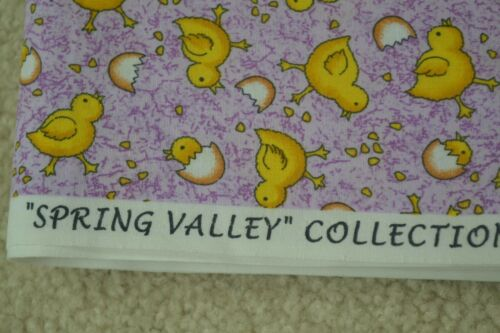 """Yellow on Lavender Quilter/'s Cotton M5398 42/"""" By-the-Half-Yard Peter Pan"""