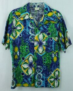 90e4b2f82c38c 1970 s Vintage Towncraft JCPenney Hawaiian Shirt Green Floral Blue ...
