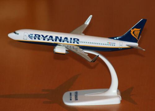 Ryanair boeing 737-800 1:200 Herpa SNAP-fit 609395 avión modelo nuevo b737
