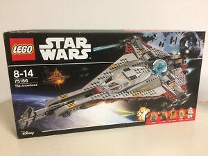 Lego Star Wars 75186 La boîte endommagée de la tête de flèche avec 5 figurines