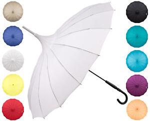 Pagodes-parapluie-Cecile-diverses-couleurs-pour-mariage-theatre-gothique-de-lilienf
