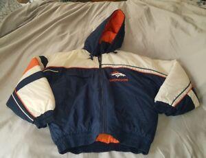 VINTAGE-MENS-XL-1990-039-S-OFFICIAL-FAN-SPORTSWEAR-NFL-BUFFALO-BILL-039-S-JACKET-EC