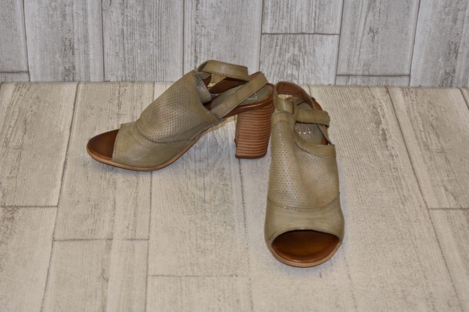 Miz Mooz Shiloh Heeled Sandal - Women's Size 7.5 8 Grey