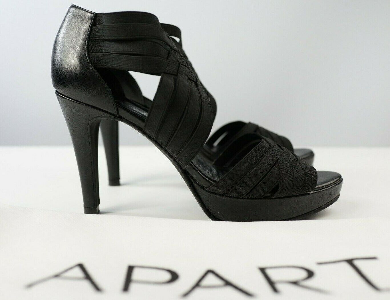 Plateau Leder 37 schwarz Riemenpumps Designer fashion