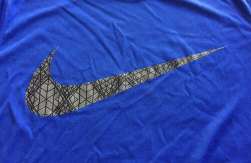 NWT Nike Boys YSM Royal Blue//Gray//Black SWOOSH Short Sleeve Dri-Fit Shirt Small