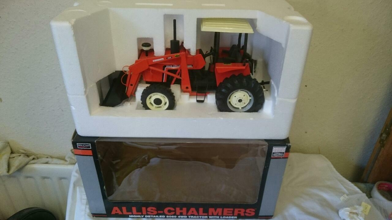 Speccast 1/16 ALLIS CHALMERS 6060 460 4x4 Tracteur Tracteur Tracteur avec chargeur SCT266 Spec Cast   Insolite  633a62