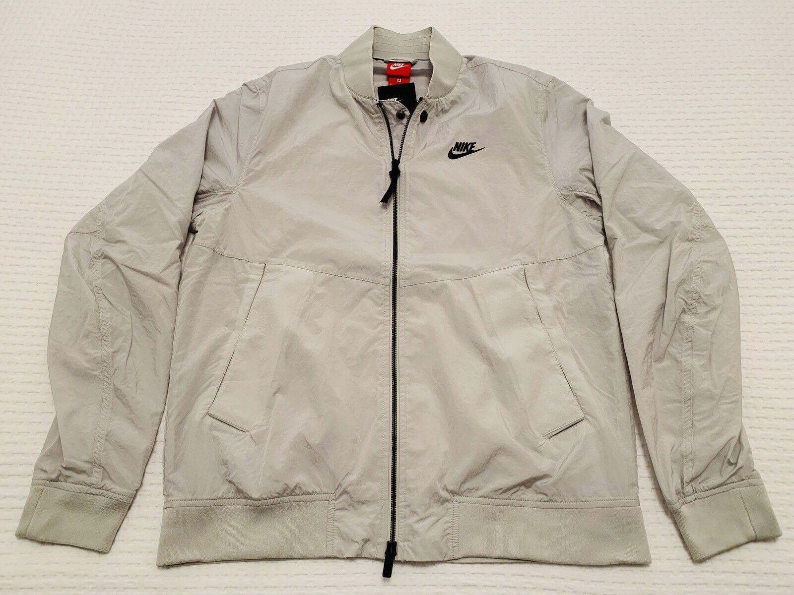 CHAQUETA JACKET  Nike Sportswear  , Dimensione  M.