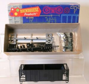 Roundhouse-HO-Scale-Undecorated-Hopper-Car-Kit-1430