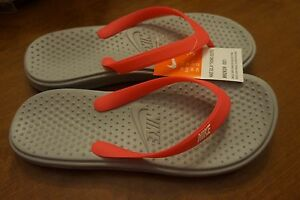41f226b5f272 Image is loading Nike-Solay-Girls-039-Thong-Flip-Flop-Sandals-