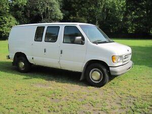 1998-Ford-E-Series-Van