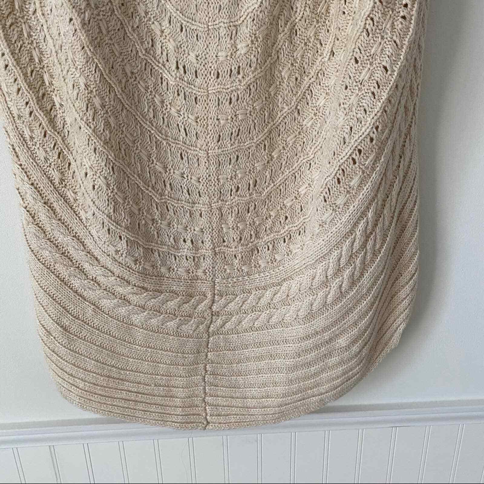 Flying Tomato Cream Lace Crochet Sweater Vest - image 7