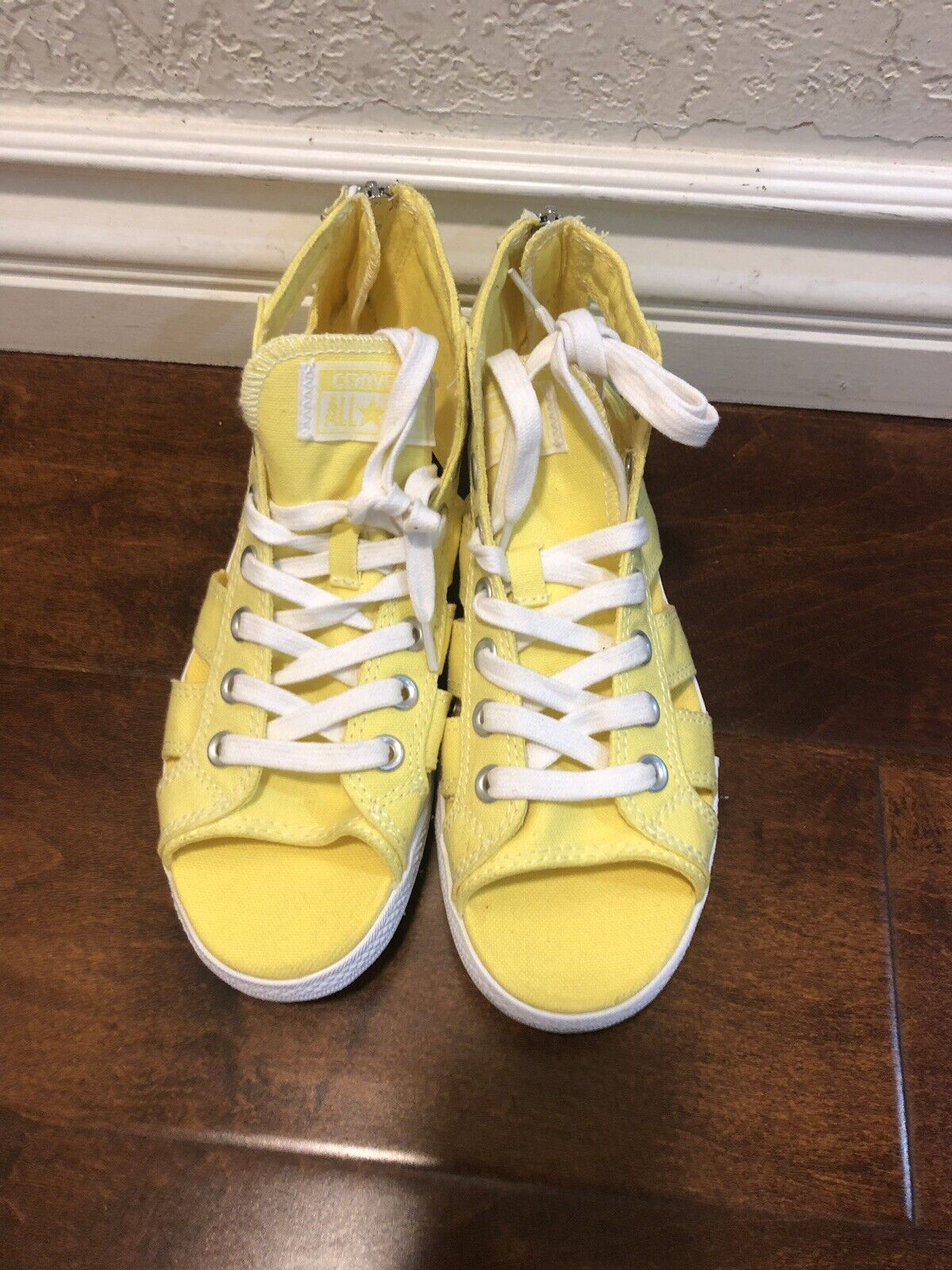 Converse All Stars Chucks Canvas Gladiator Sandals Open Toe Yellow Womens Sz 7