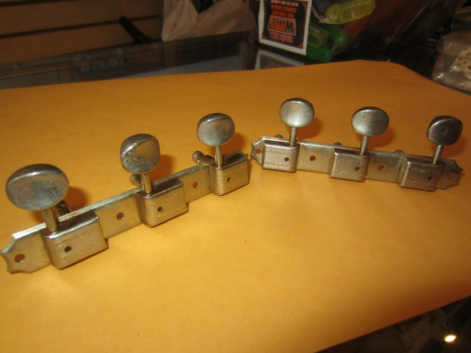 Vintage 1960's Gibson Kluson Deluxe Guitar Tuners 3-on-side for ES330 or similar