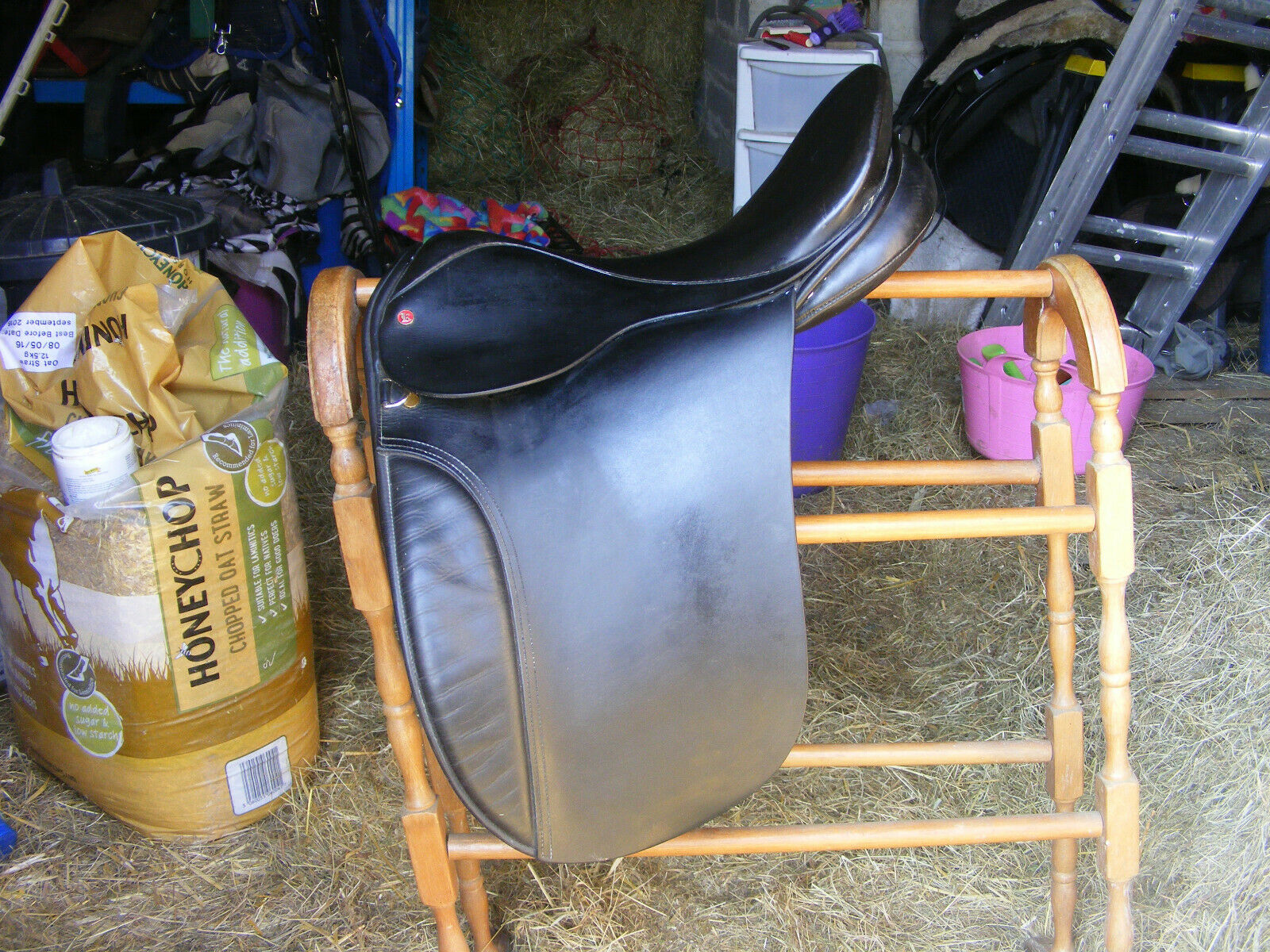 Kings saddlery of Walsall English Leather Dressage Saddle 17  M MW fit